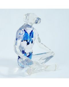 Gillie and Marc, Butterfly Blue Dogman, resina artificiale, 33x24x21 cm