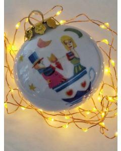 Francesco Musante, Il mattino ci troviamo nella tazzina del caffè con il cuore in mano, pallina di Natale in porcellana, h 7,5