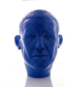 Paolo Lucchetta, Oby Blu, scultura in legno massiccio di faggio, laccato in colore blu brillante, 26x28x35 cm