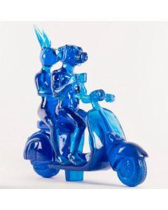 Gillie and Marc, Lolly Vespa Riders, resina trasparente, 49x49x18 cm