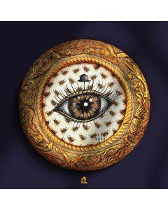 Aria Carelli, Occhio e alveare, china e colori acrilici su carta decorata, diametro 22 cm (con cornice), 2020
