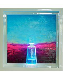 Andrea Morreale, Presagio di felicità, olio su tavola, cristallo, 2 dl liquore Acqua di mare della riviera ligure, illuminazione a led con controllo acustico, 63x63x15 cm