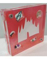 Renzo Nucara, Stratofilm (Duomo di Milano), Plexiglass, resine, oggetti, 10x10 cm, tratto dalla collezione The Gadget