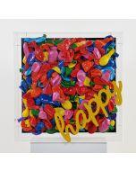 Erika Calesini, Happy-Gum-Yellow, Cubo in plexiglass con tela e applicazione di palloncini resinati, scritta gommata, 45x45 cm
