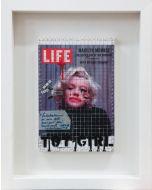 Enrico Pambianchi, Toy Girl, collage, acrilico, olio, matite e resine su tavola (con cornice), 30x20 cm (49x39 cm con cornice)